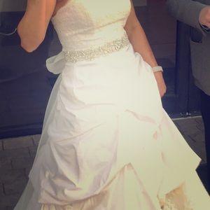 Allure Wedding Sash - great condition!